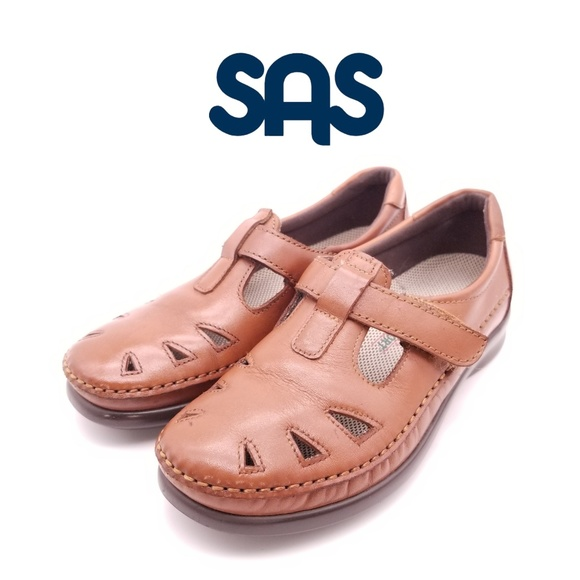 SAS Shoes   Roamer With Velcro Strap Sz